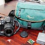 Såld: Digital systemkamera till salu